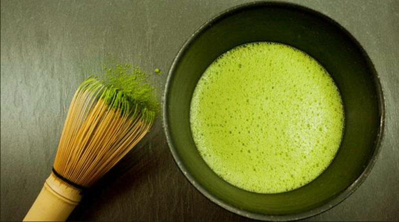 làm bột trà xanh tại nhà