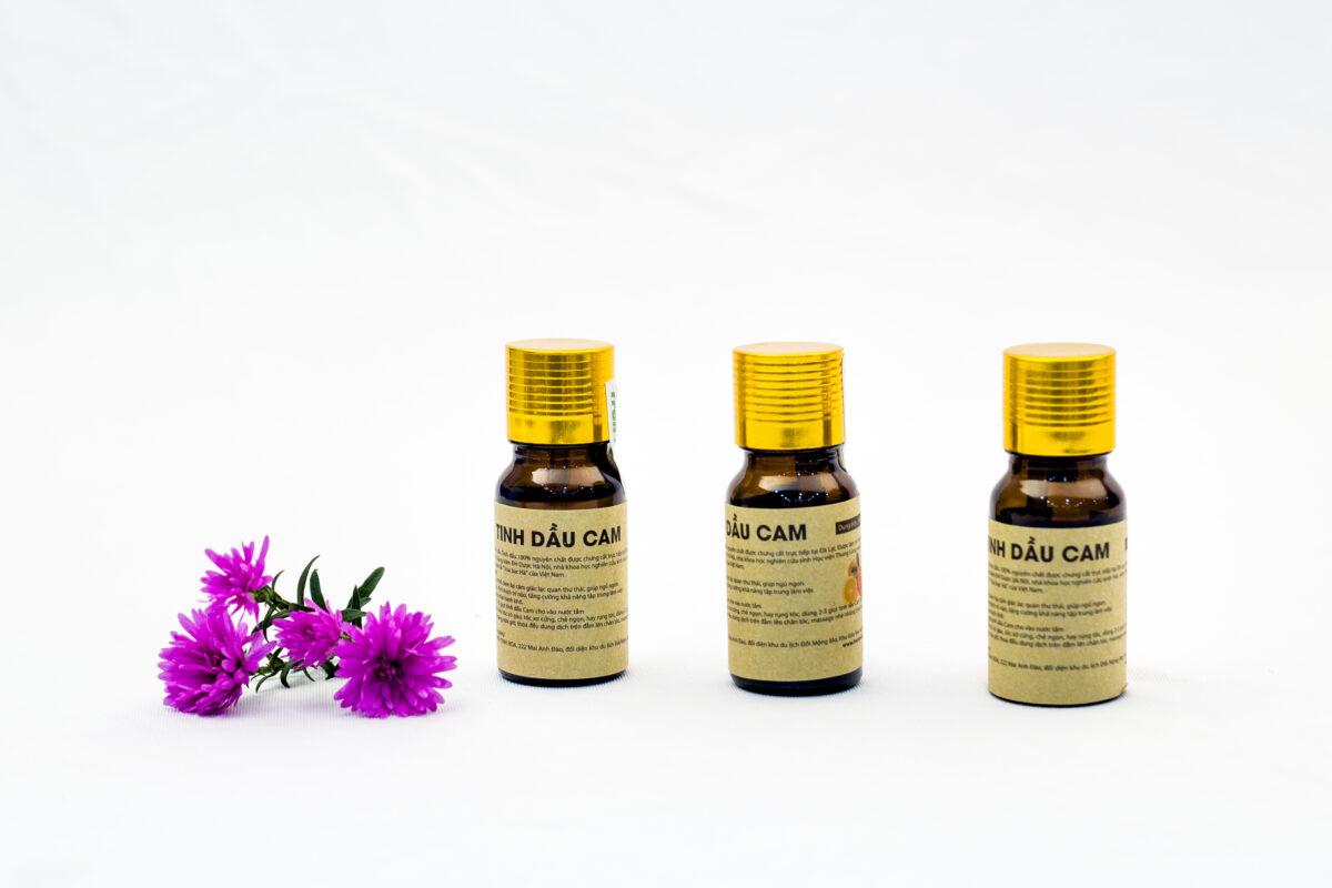 Tinh dầu Cam Trần Mao tác dụng hiệu quả tốt trong việc làm đẹp, chăm sóc da.