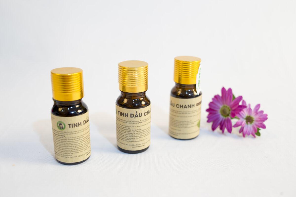 Tinh dầu Chanh giúp chữa trị các bệnh dạ dày: đầy hơi,khó tiêu..