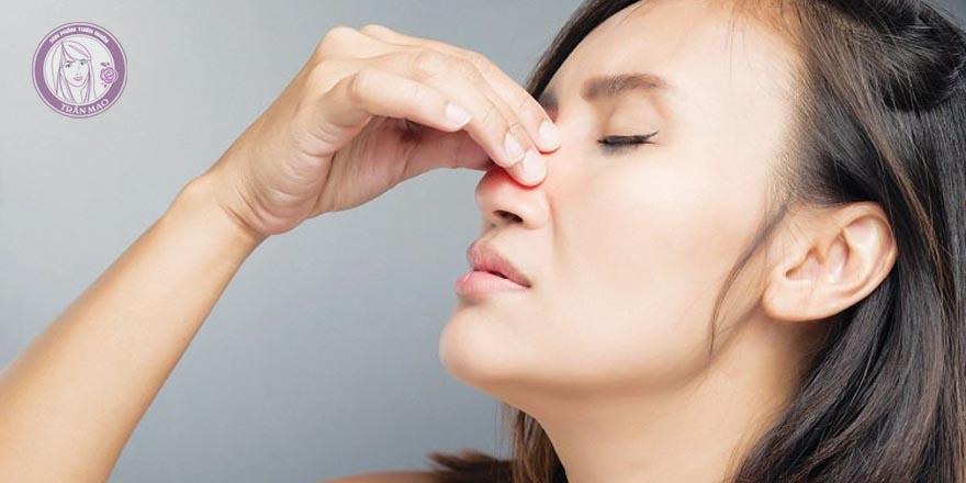 thuốc xịt mũi trị viêm xoang